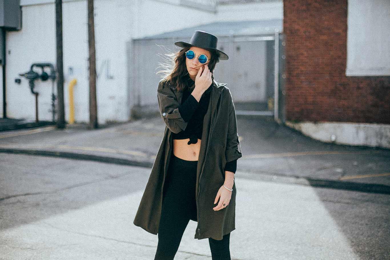 Latest black outfit idea